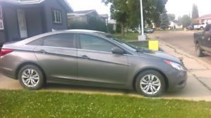 2011 Hyundai sonata priced to sell