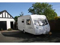 Lunar Quasar 462 2 berth 2011 caravan for sale