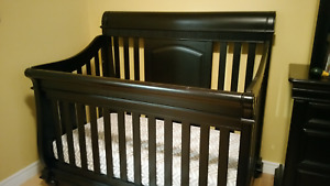 Convertible Solid Wood Sleigh Crib with mattress