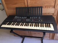 Yamaha PSR 300 electric keyboard. Full working order. Touch sensitive keys.