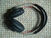 Sennheiser Momentum over ear headphones + carry pouch
