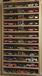 F/S NASCAR Die-Cast Case holds 24 1:24 cars