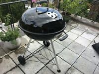 Weber BBQ 57cm - used twice, not allowed to use on my terrace
