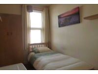 SPACIOUS ROOM AVIALBLE MUST SEE