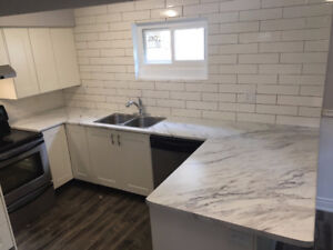 ***WOW!!! LUXURY 3 BDRM 1 BATH LOWER LEVEL UNIT - NIAGARA FALLS