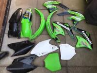 Kawasaki kxf plastics
