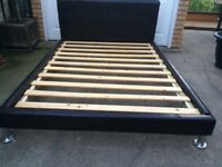 Vaux leather 4'6 double bed