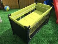 Hauck Travel cot & mattress - doubles up as playpen