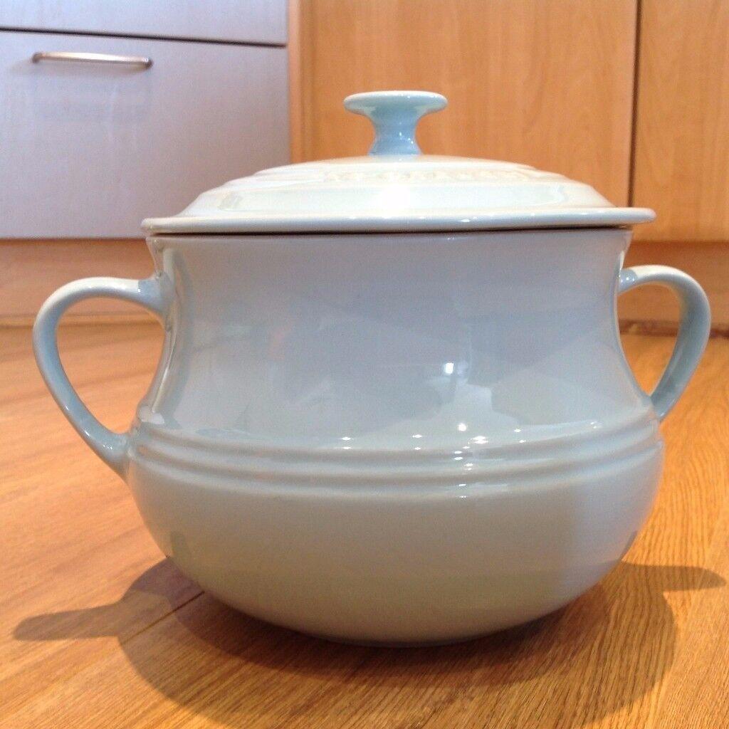 le creuset soup pot. LE CREUSET New Stoneware Large Soup Pot In Sky Blue Le Creuset