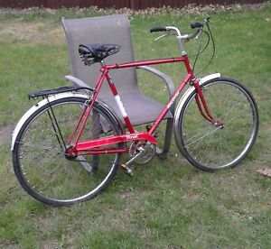 Vintage man's Raleigh 3speed touring road bike made in England