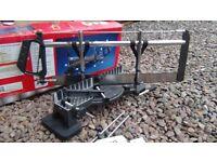 Manual mitre saw