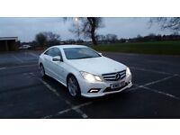 Mercedes-Benz E Class 2.1 E220 CDI BlueEFFICIENCY Sport 2dr Pearlescent white!
