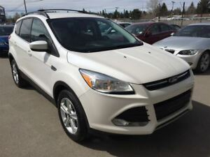 2013 Ford Escape SE/ AWD/ POWER GATE/ NAV
