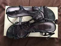 Ladies size 6 sandals