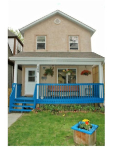 Beautiful West End 4 Bedroom House For Rent