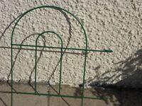 Gardman Plastic Covered Metal Edge Fencing