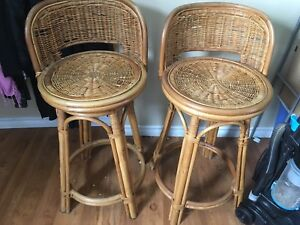 2 x swivel bar stools