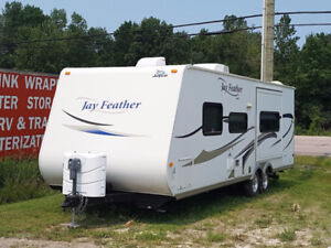 Jayco Jay Feather 24T Travel Trailer