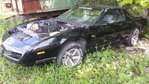 TRANS AM GTA 1991 pour Pieces ...