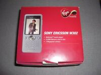 SONY ERICSSON W302 (WALKMAN MUSIC PLAYER) MOBILE PHONE 2.0MP CAMERA BOXED COMPLETE BARGAIN £25.00