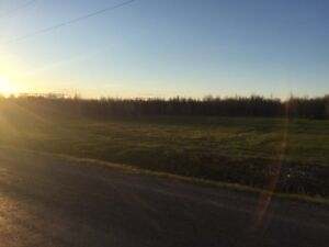 7..86 acres land parcel 4 minutes from Casselman