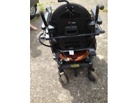 Disable battery wheel chair quantum 600