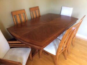 Dining table and Buffet