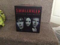 SMALLVILLE SEASON 1-7 collectors box set