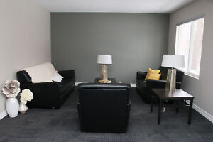 Student Townhome! Wharncliffe & Oxford - FREE WIFI+Parking