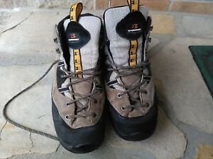 Garmont hiking boots