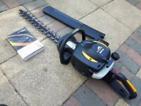McCulloch Hedge Trimmer 4528, Withe blade case and Manual