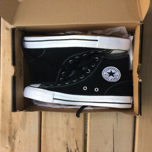 Converse Pro, Hi Tops, Black With White, Size 8 Mens, 10 Womens