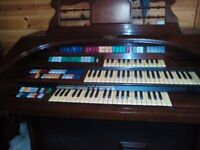 Wurlitzer electric organ