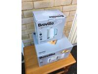 Breville Kettle and toaster set NEW