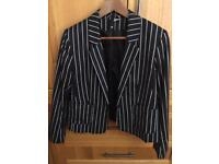 H &M jacket size16 (small fit)