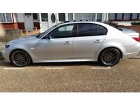 A BMW 530d silver, full Black Leather, M Sports