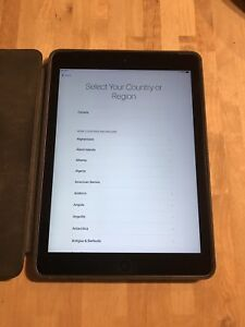 iPad 128GB Wifi & Cellular