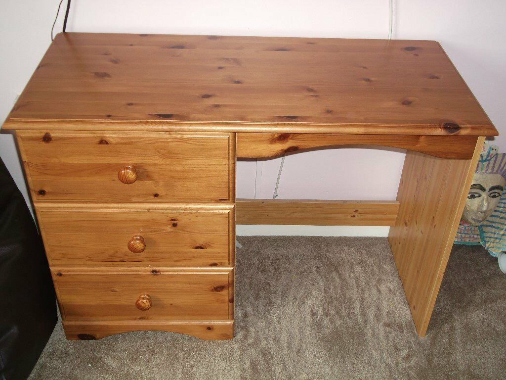Pine Desk With Drawers In Solid Pine In Swindon