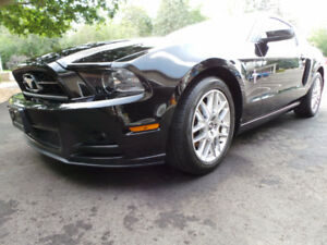2013 FORD MUSTANG PREMIUM W/LEATHER, 3.7L V6