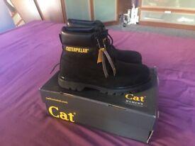 Women's Caterpillar Boots Size 8