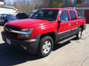 2005 CHEV AVALANCHE, 4X4, TAXES, TRANSFER, ONE YEAR LICENSE INC.