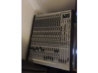 Behringer Eurorack MX 3242X Mixer