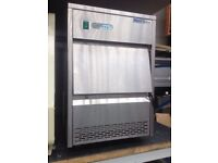 Ice maker/ commercial ice machine