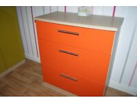 3 DEEP CHEST OF DRAWERS