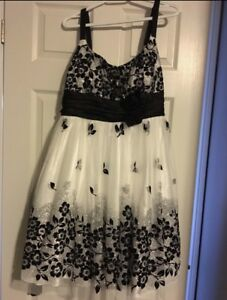 Black & White dress - size 14