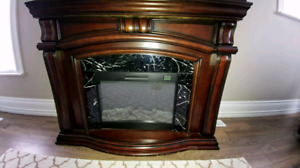 Beautiful like new Electric Fire Place