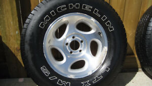 2 - P255/70R16 M+S TIRES MOUNTED ON FORD EXPLORER ALLOYS - $100