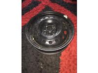"15"" Steel wheels (4 stud)"