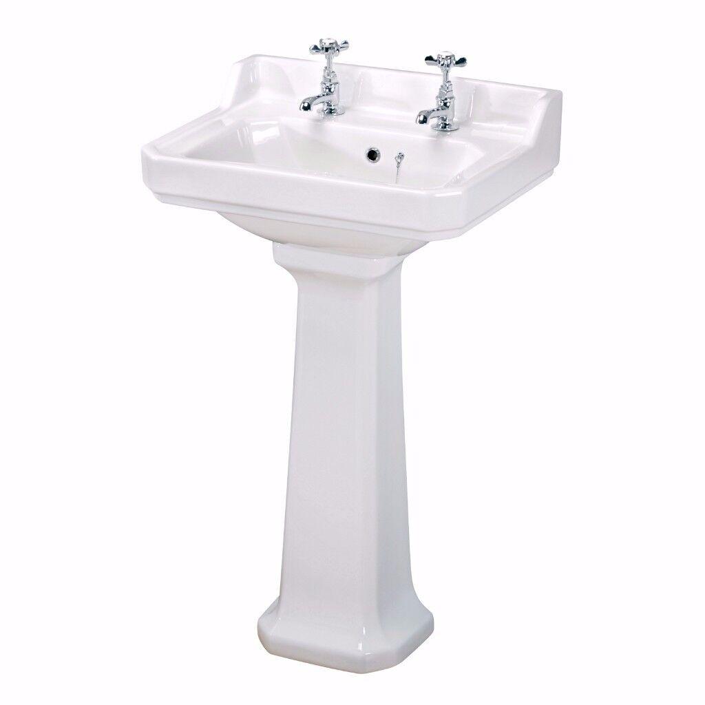 Brand New Carlton Sink & Pedestal