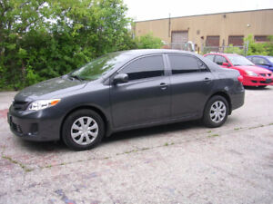 2012 Toyota Corolla LE - 5 speed $9995+HST-WE FINANCE
